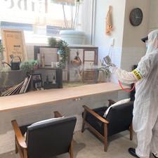 Liberteの店内を専門業者に抗菌コーティングしていただきました