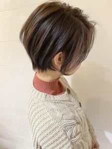 美髪スタイリッシュショート